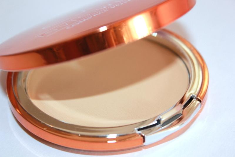 Отзыв: Компактная пудра - EX1 Cosmetics Invisiwear Compact Powder.
