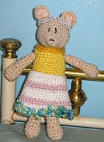 http://www.ravelry.com/patterns/library/princess-mouse