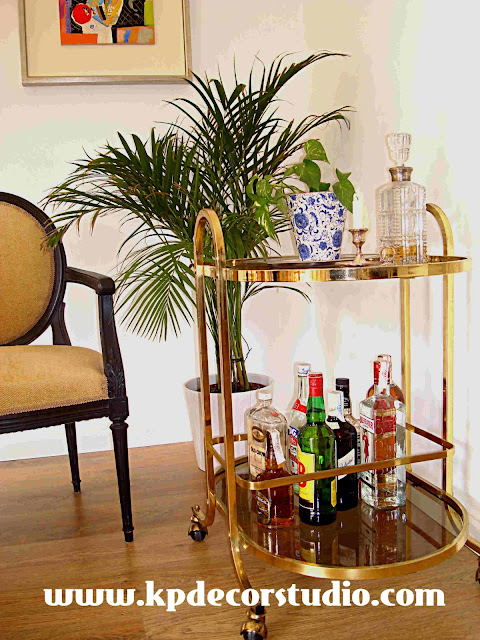 "alt="" Brass_table_buy_antique_table_with_wheels_tisch_minibar_camarera antigua_años_50_mesas_de_latón_cristales_ahumados"""