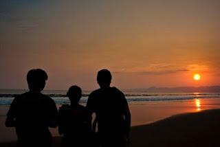 Sunset Di Pantai Pelabuhan Ratu