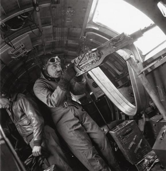 Clark Gable WWII gunner worldwartwo.filminspector.com