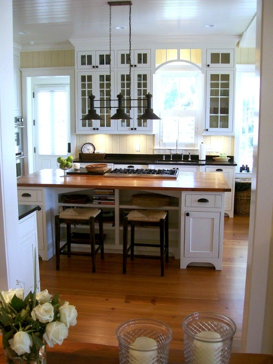 DWELLINGS-The Heart Of Your Home: Choosing Kitchen