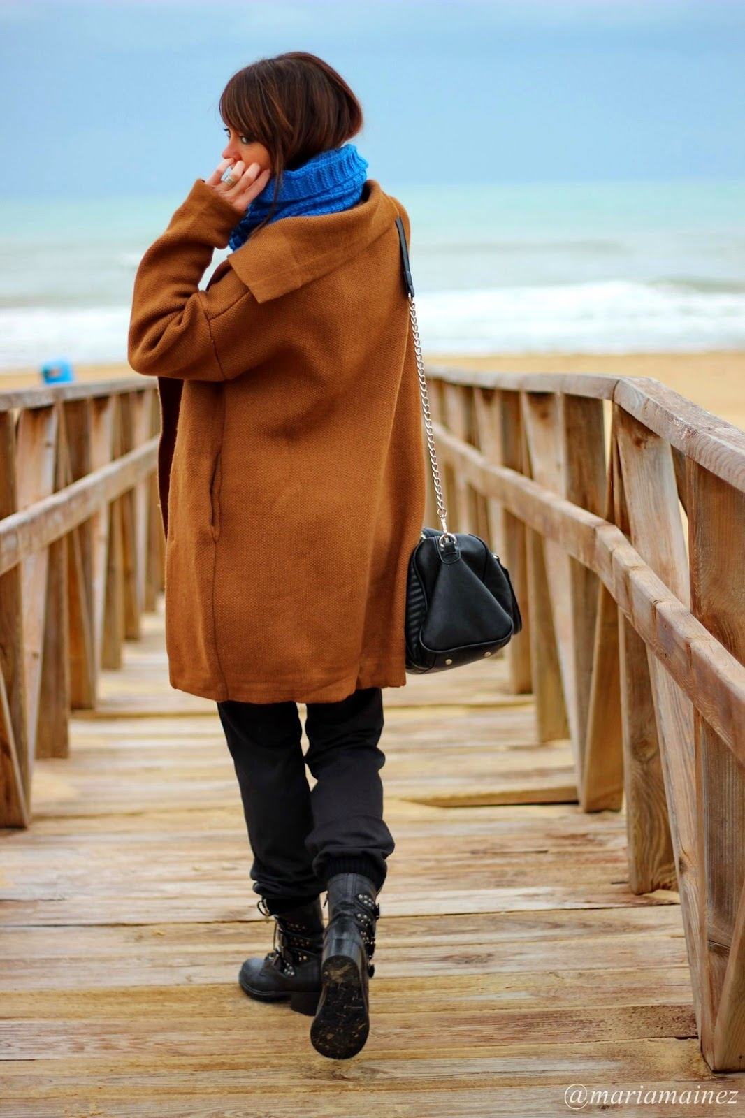 Cardigan Coffee - Streetstyle - Bbeautifulbymaria - Blogger Alicante - Blue and Brown