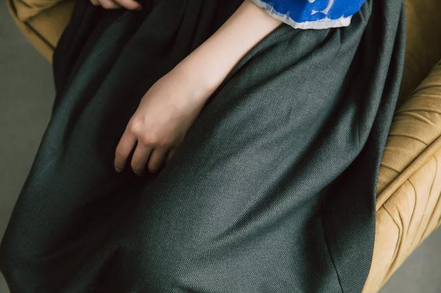 夏綠蒂的晚餐銅釦吊帶裙