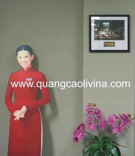 http://quangcaolivina.com.vn/bien-hieu-bien-cong-ty-tMKL/mo-hinh-mockup-quang-cao/