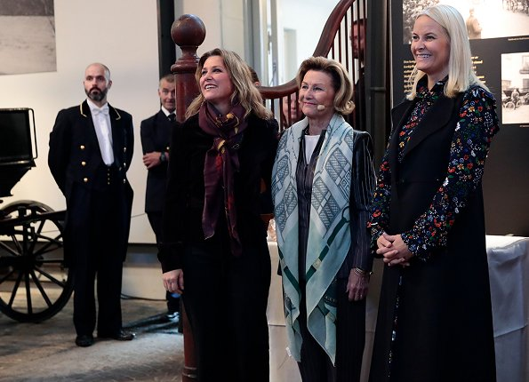 Crown Princess Mette-Marit and Princess Martha Louise at Royal Stables. Manolo Blahnik shoes, UFO coat