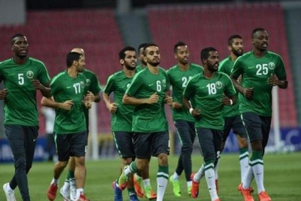 تغيير محتمل في تشكيلة السعودية أمام مصر