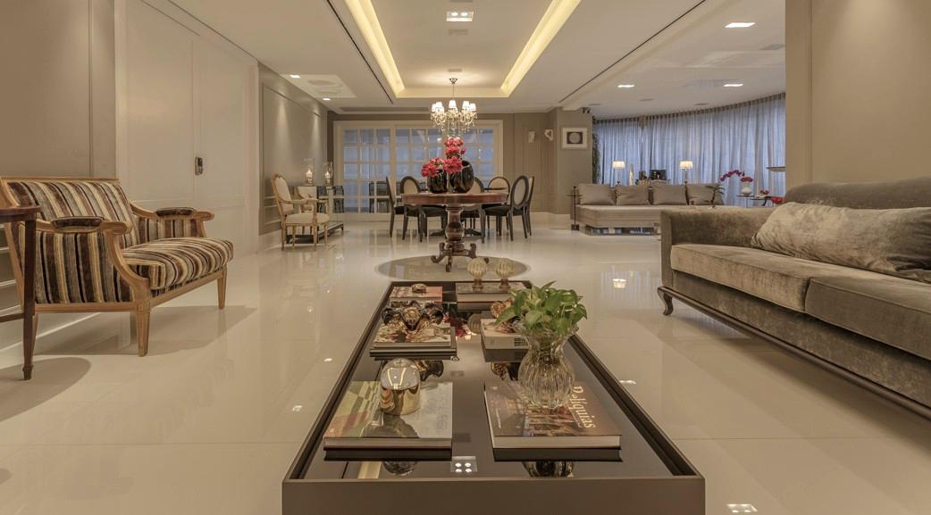 Salas com decora o cl ssica e contempor nea com toques de for Sala de estar neutra