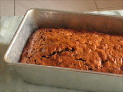 Chocolate Chip Cake Recipe @ http://treatntrick.blogspot.com