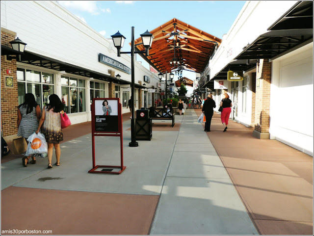 Merrimack Premium Outlet. New Hampshire