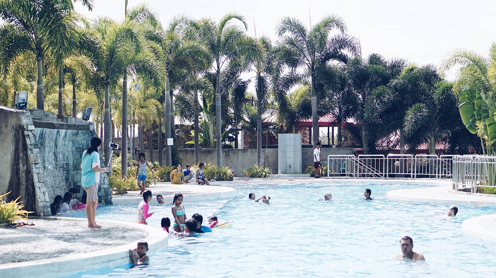 what to do in Pampanga; Resort in Pampanga; where to swim in Pampanga
