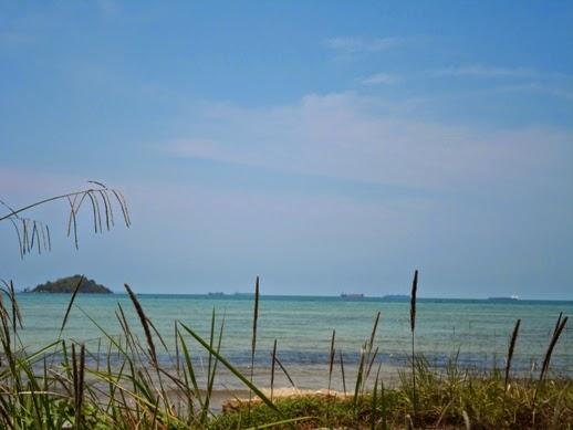 Pantai di Batam