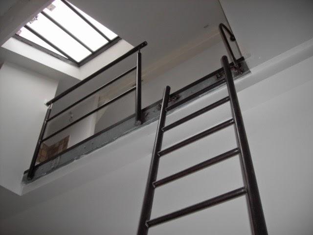 conception r alisation en fer sur mesures garde corps en acier. Black Bedroom Furniture Sets. Home Design Ideas