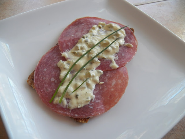 Remoulade on Salami with chives