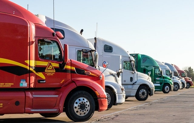 how to find best insurance for your trucking business insure truck fleet