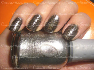 Diamond Cosmetics Chainmail Charm Orly Foil FX Luxe