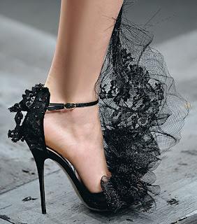 dantelli-ayakkabi-moda