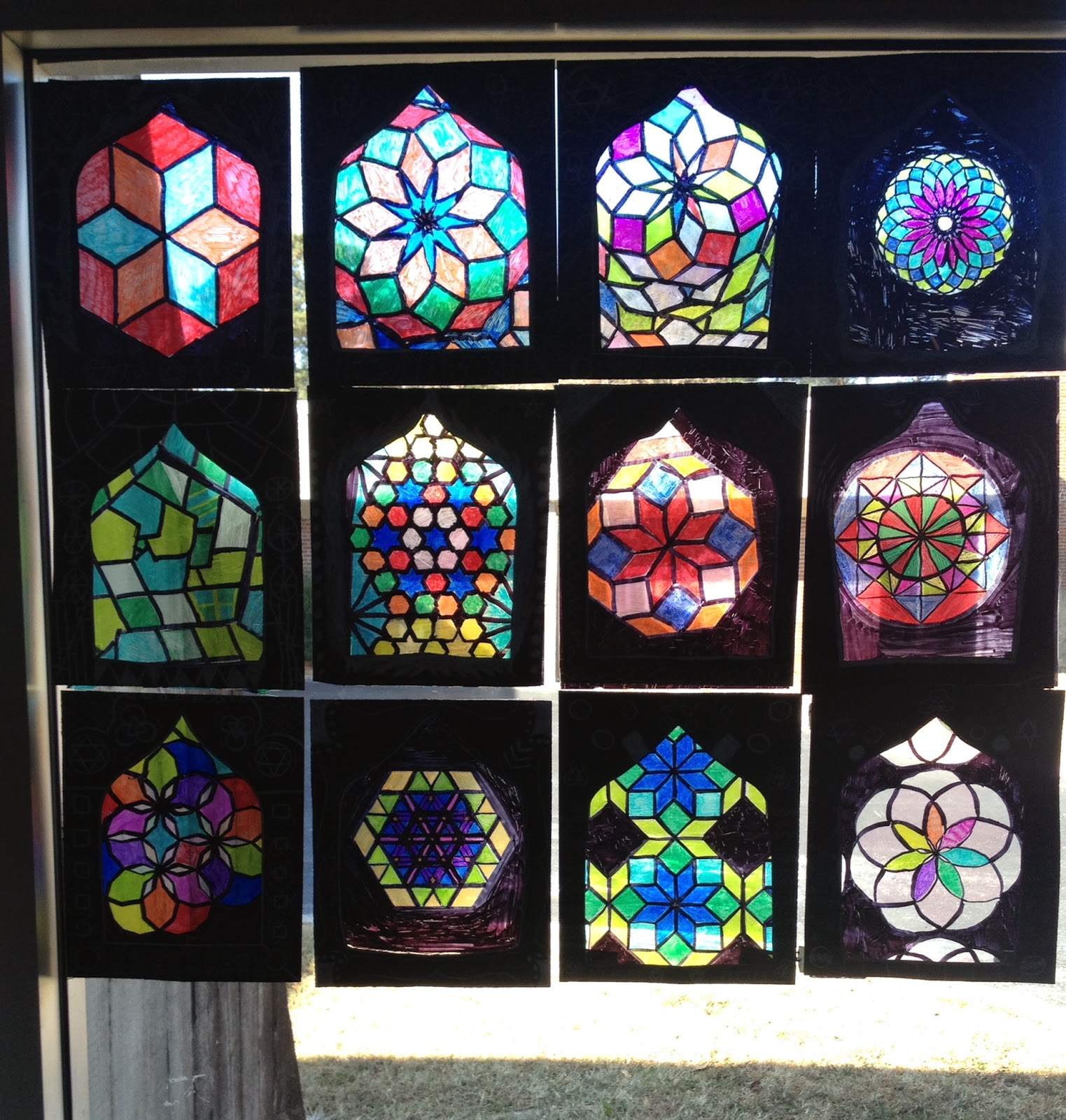 Lesson plan islamic stained glass windows artful artsy amy for Stained glass window craft with tissue paper