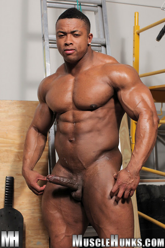latina xxx nude