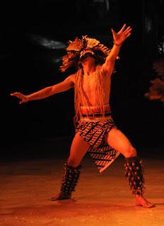 Kisah Topeng Raja Hantu , Topeng Buta Suku Dayak Kalimantan