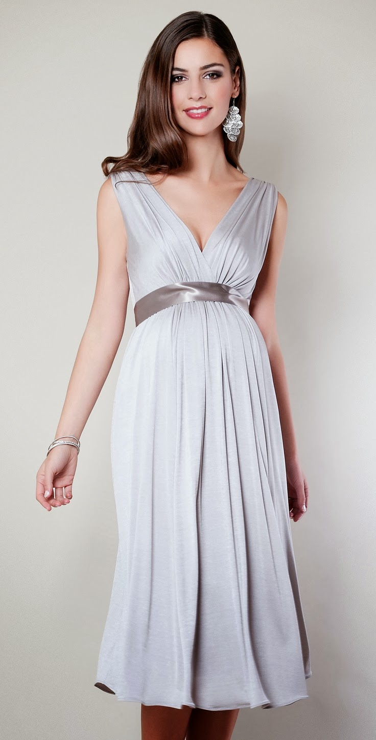 WhiteAzalea Evening Dresses: Elegant Maternity Evening Wear