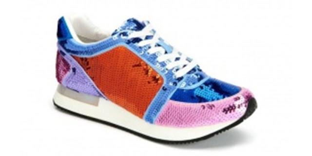 Koleksi sepatu Katy Perry 'The Lena' berbentuk sneaker
