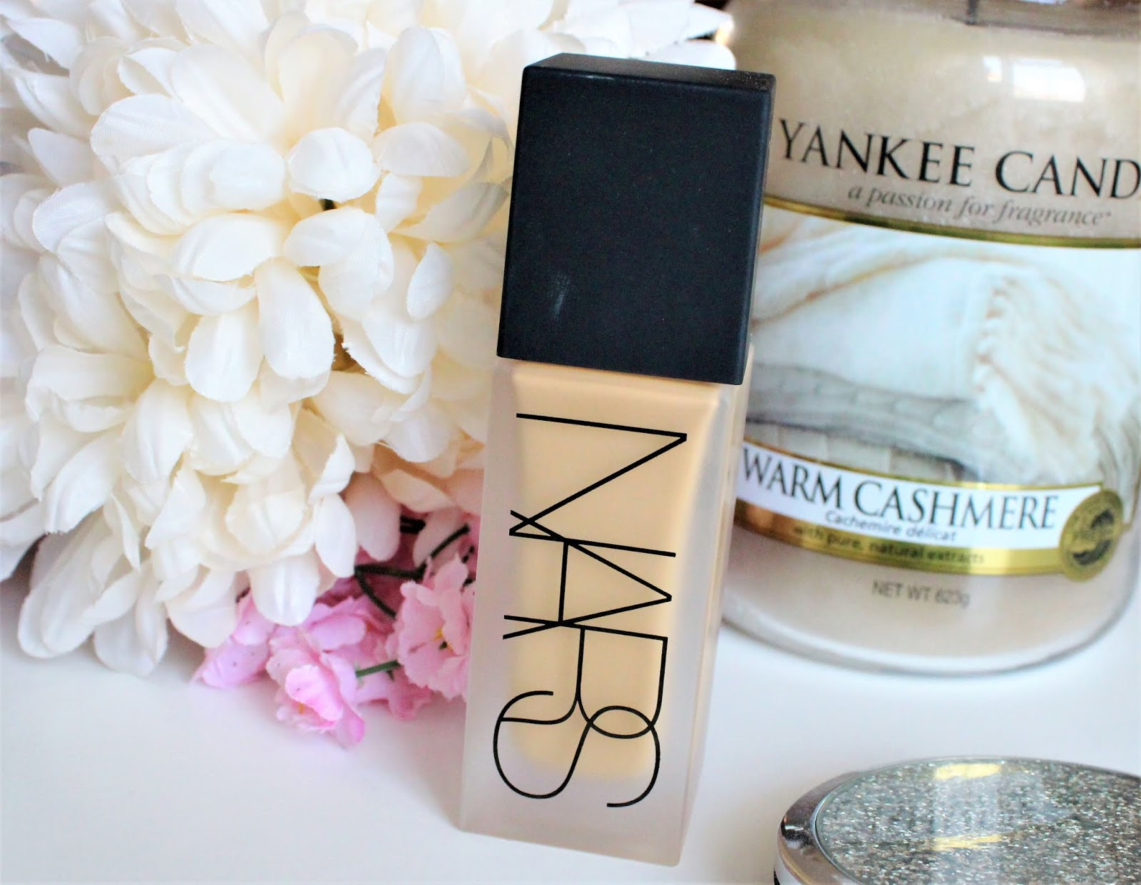 nars luminous weightless foundation blog