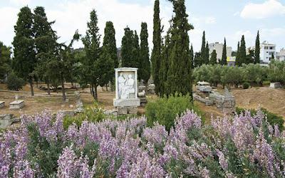 «Πράσινες διαδρομές στα μνημεία»