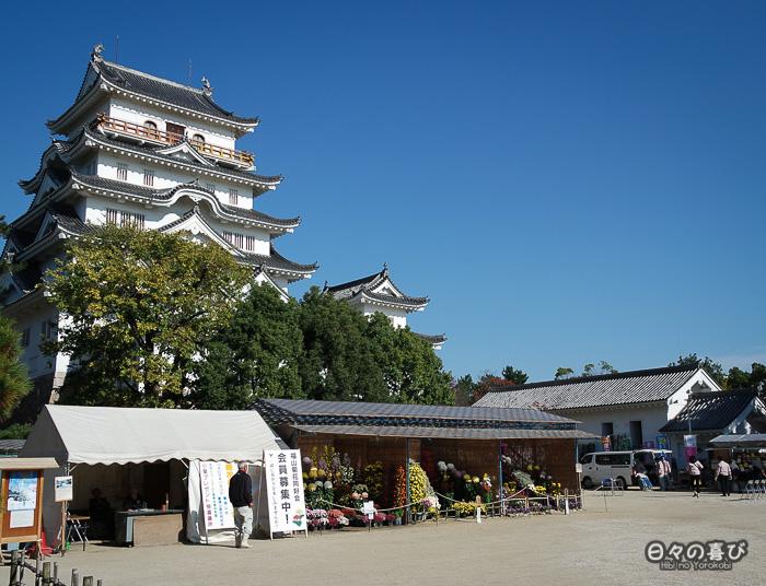 Marché floral au pied du Château de Fukuyama, Hiroshima-ken