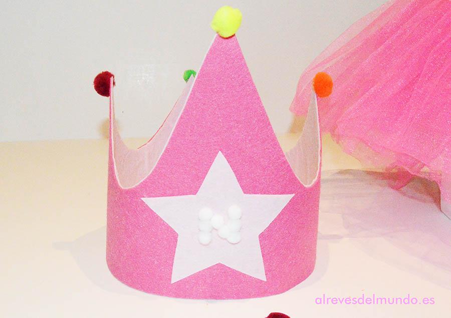 corona fieltro cumpleaños manualidades niños