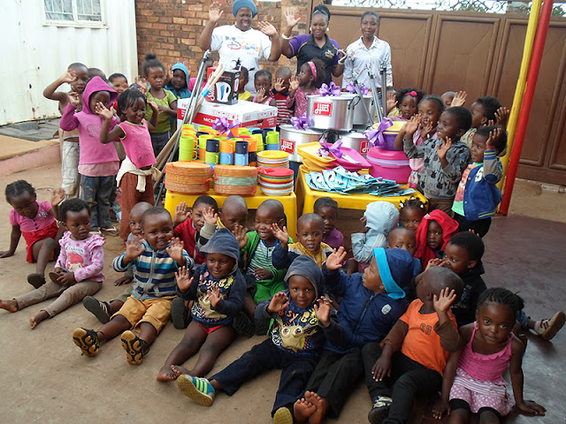 Hollywoodbets Alberton donated much needed kitchen goods to the Leth'Ithemba Home Based Care - Corporate Social Investment