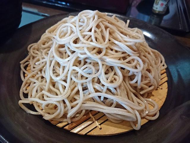 ミニ天丼+そばの写真