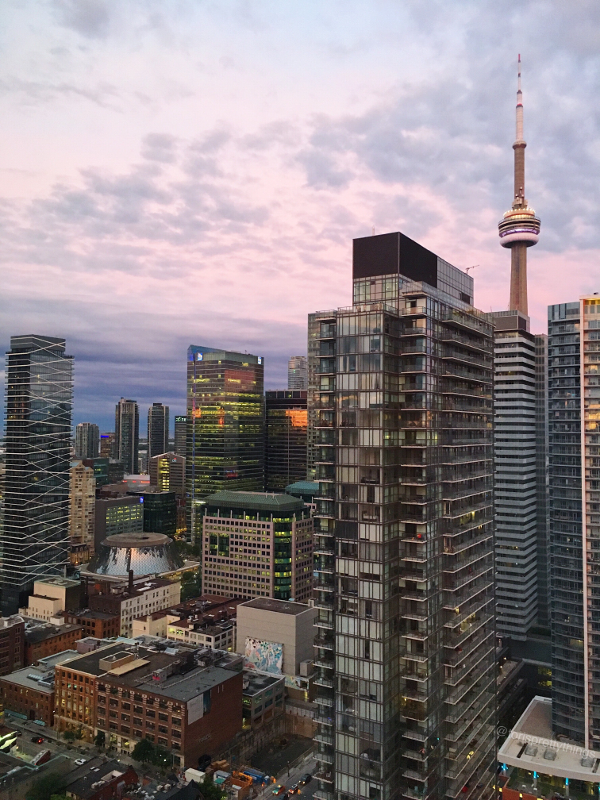 Cotton Candy Sunset - Downtown Toronto - Tori's Pretty Things Blog