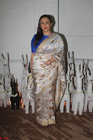 Sonam Kapoor Soha Ali Khan Konkona Sharma at Raw Mango store launch March 2017 045.JPG