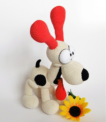 amigurumi-odie-crochet-sunflower-soft-toy-loomad-animals-dog-koer-yarn-funny-stuffed