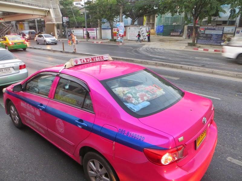 Машина такси Бангкок