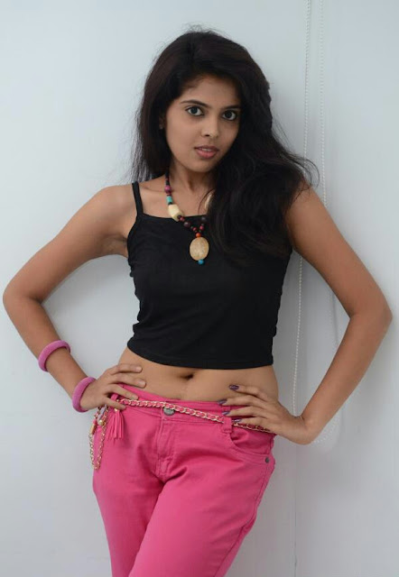 Shravya Reddy actress navel show