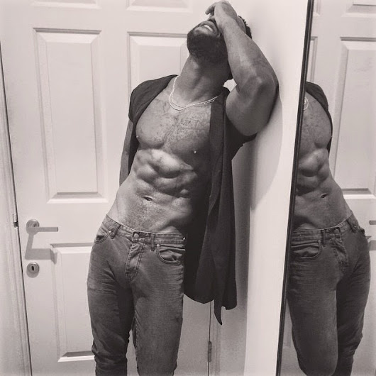 Ladies! Here's an Eye Candy from Iyanya! Check it out!