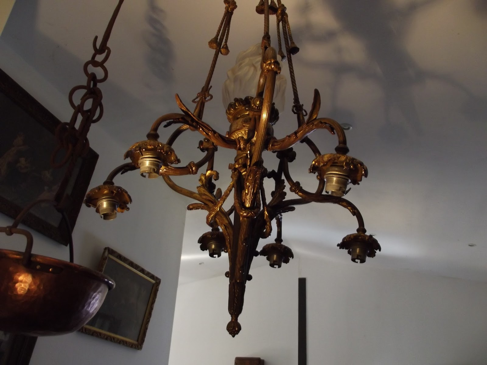 mus al et tr s important lustre suspension bronze 6 bras de lumi res. Black Bedroom Furniture Sets. Home Design Ideas