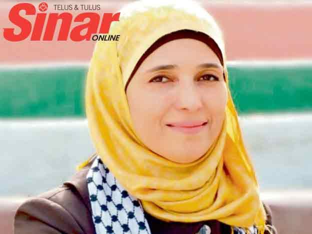 Mengenali Hanan Al-Hroub GURU TERBAIK DUNIA dari Palestin