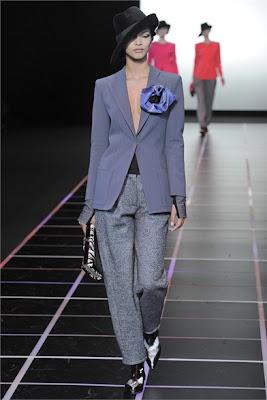 Lady's suit - Giorgio Armani FW 2012