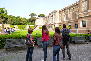 Explicações da Sistina no Jardim do Vaticano