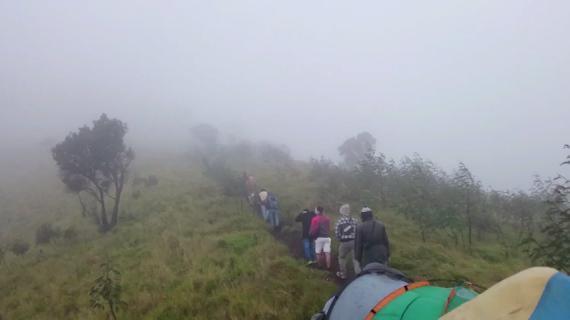Wajib Tau, Tips-Tips Mendaki Gunung Saat Musim Hujan