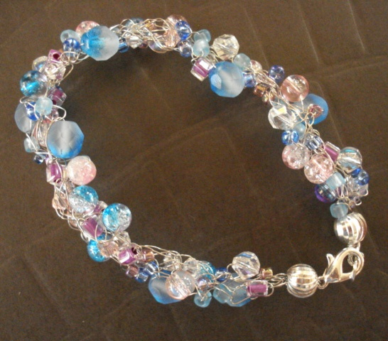 A Pretty Blue And Pink Wire Crochet Bracelet The Beading Gems Journal
