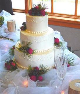 kue pengantin 3 tingkat
