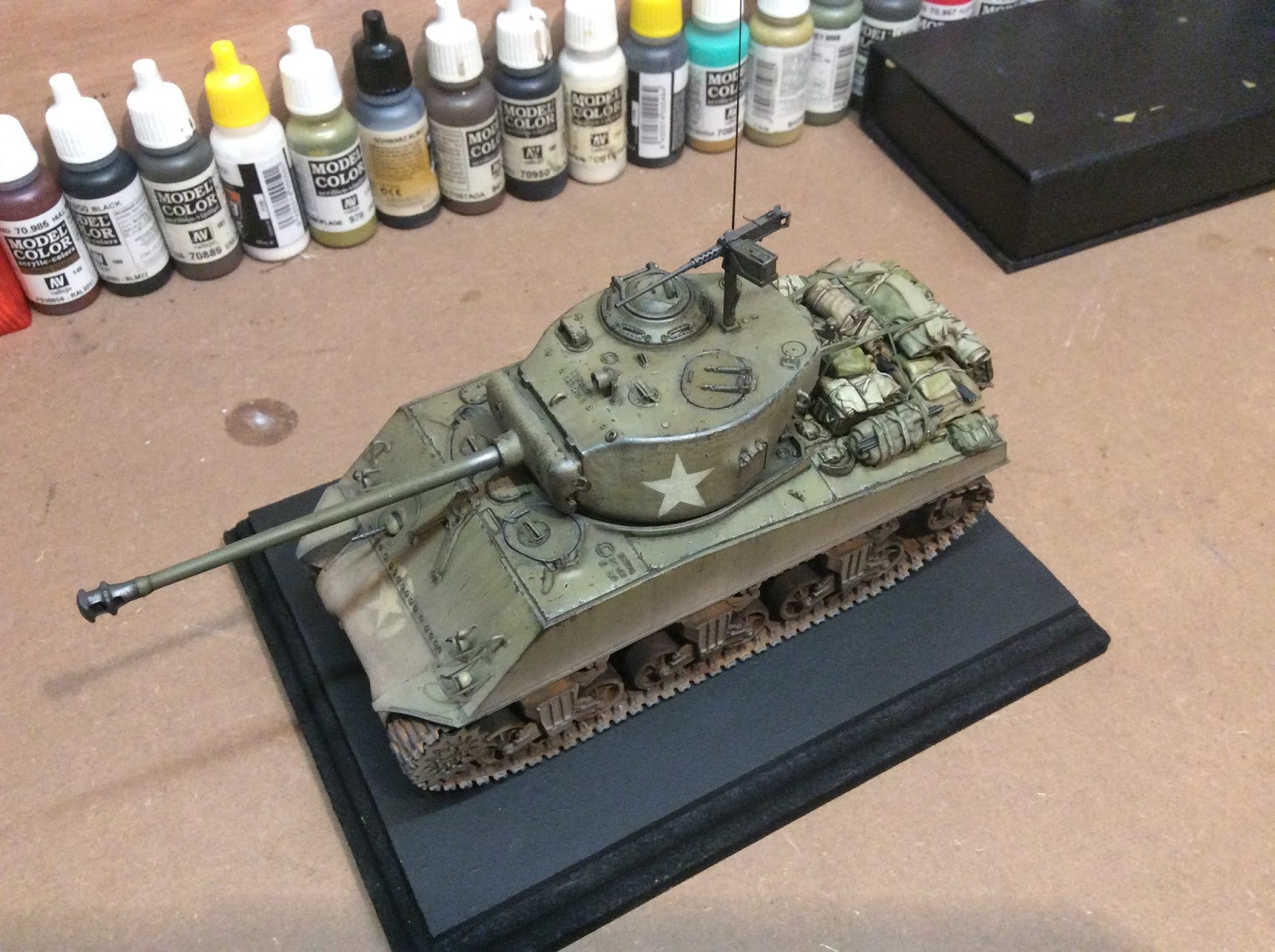 Dragon 1/35 Sherman - Ready for Inspection - Armour