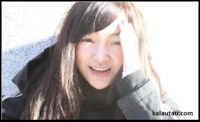 kalautau.com - Han Biyao, Pengamen Cantik dari China