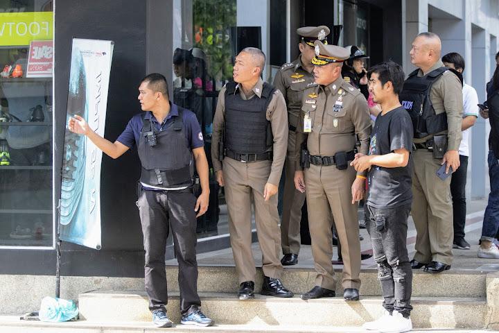 Не менее десяти человек пострадали при взрыве бомбы в Таиланде — Thai Notes