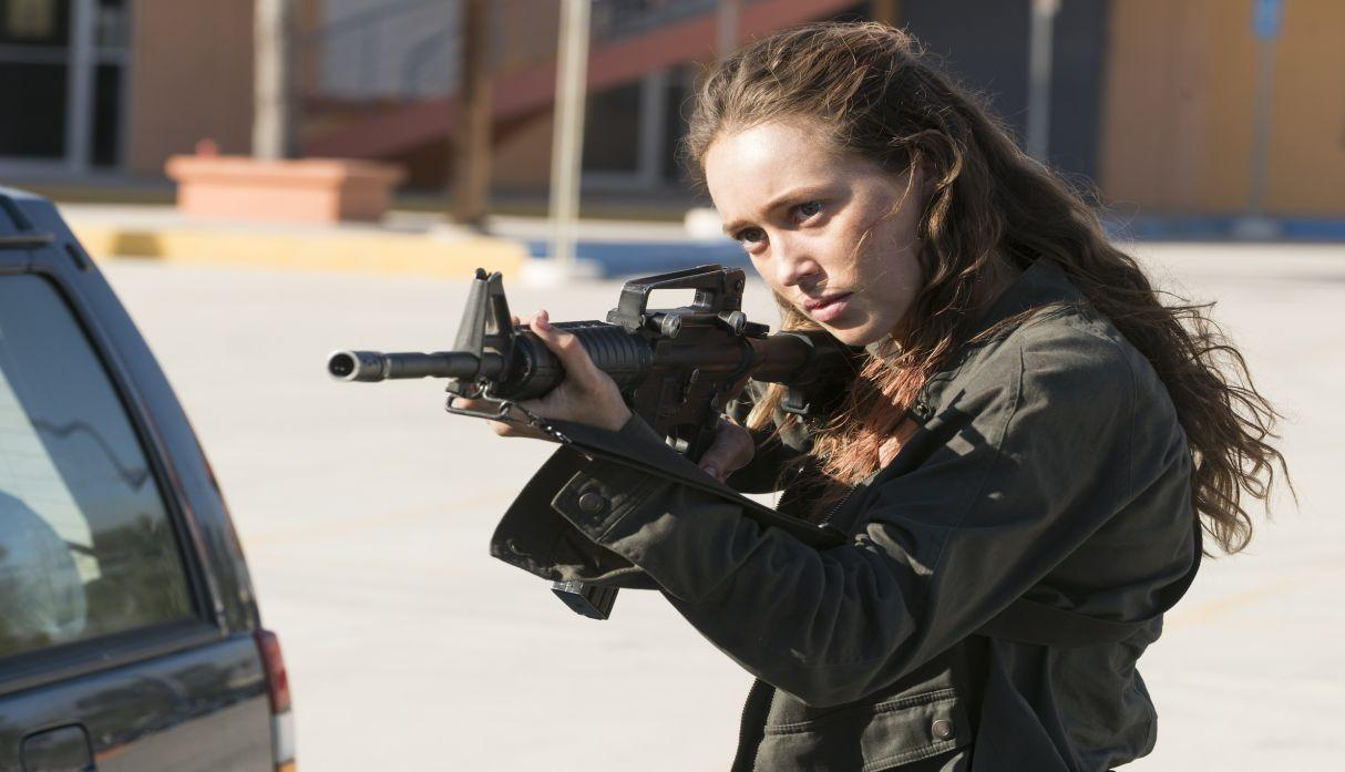 Alicia en el episodio 3x14 de Fear The Walking Dead