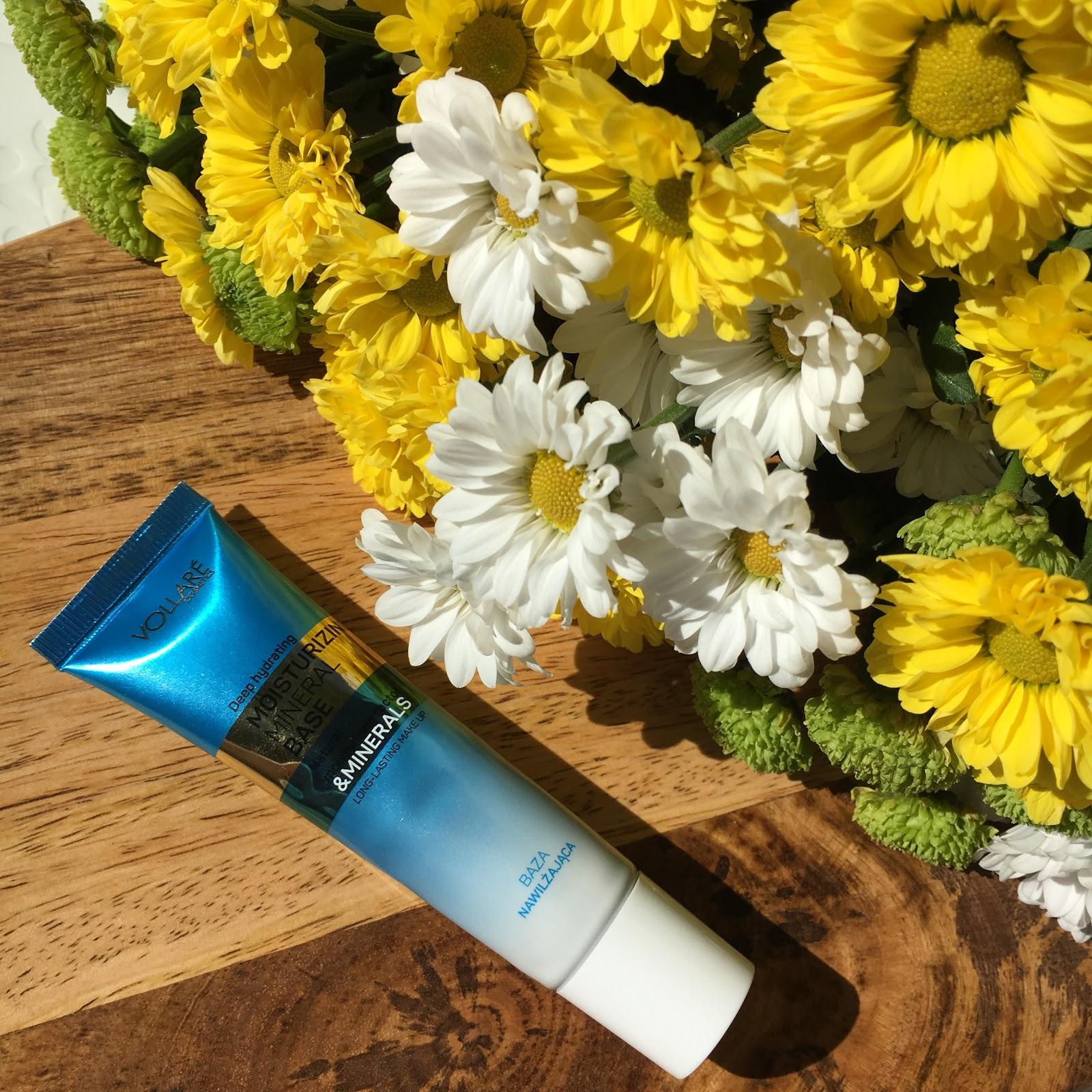 6 tygodni, 6 baz pod makijaż, czyli testy nowości Vollare Cosmetics, dziś na tapecie wrażenia z używania bazy matująco-wygładzającej.